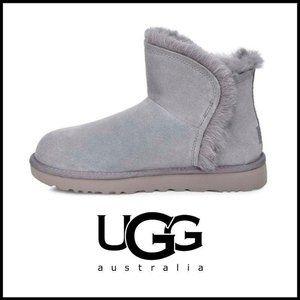 NWT UGG Geyser Classic Mini Fluff Suede Boot, Sz 8